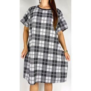 CITY CHIC Black White Plaid Print Short Sleeve Shift Dress Plus Size XL AU 22